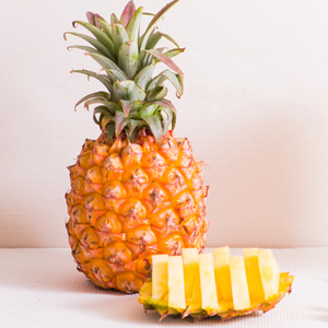 Mini Ripened Pineapple 550g (Tiwan)