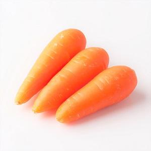 肉質細膩甜美 紅蘿蔔 2-4條 180g (熊本縣産)