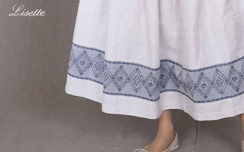 Jacquard fabric skirt and blouse